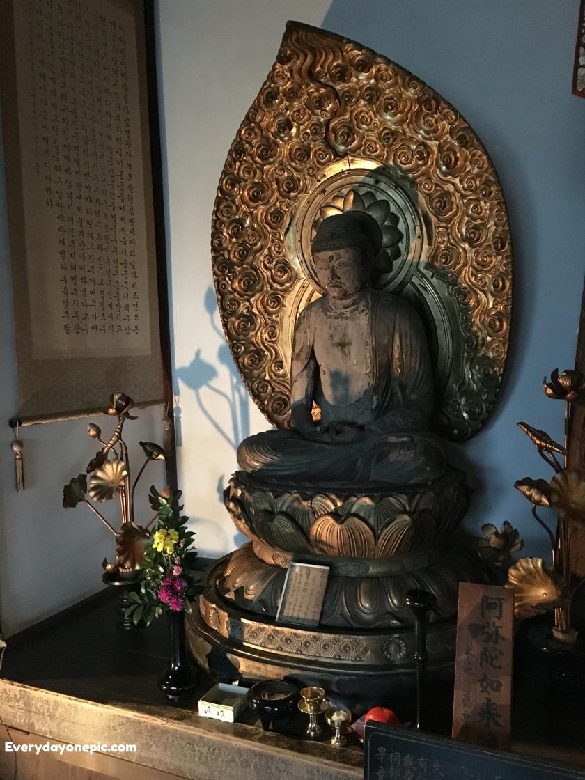 La statut de Buddha est magnifique