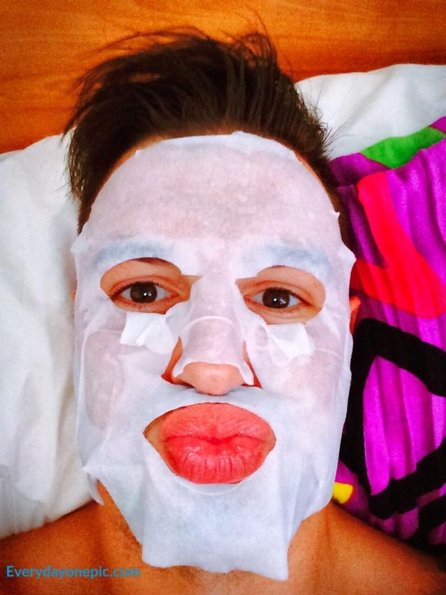 Ce masque me rend horriblement effrayant