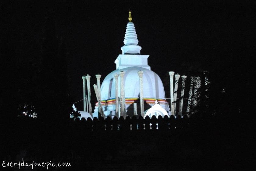 thuparama-stupa